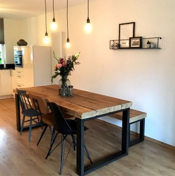 Awesome Dining Room Table Decor Ideas07