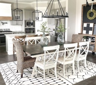 Awesome Dining Room Table Decor Ideas10