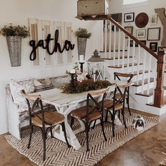 Awesome Dining Room Table Decor Ideas15
