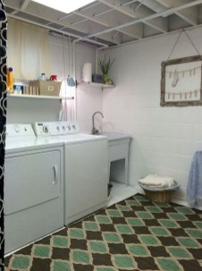 Beautiful Laundry Room Tile Design01