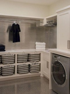 Beautiful Laundry Room Tile Design10