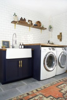 Beautiful Laundry Room Tile Design14