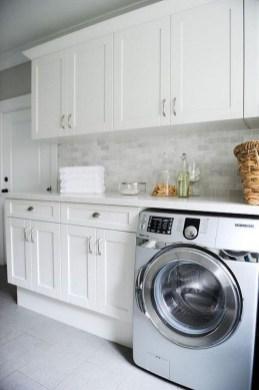 Beautiful Laundry Room Tile Design18