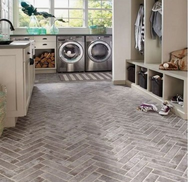 Beautiful Laundry Room Tile Design27