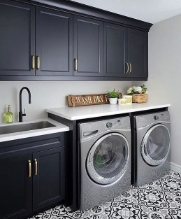 Beautiful Laundry Room Tile Design28