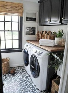Beautiful Laundry Room Tile Design32