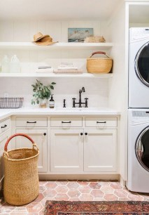 Beautiful Laundry Room Tile Design40
