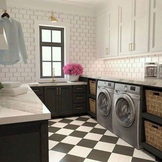 Beautiful Laundry Room Tile Design45