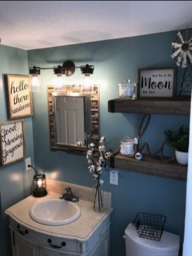 Best Farmhouse Bathroom Remodel06