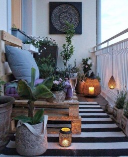 Exciting Small Balcony Decorating For Farmhouse29