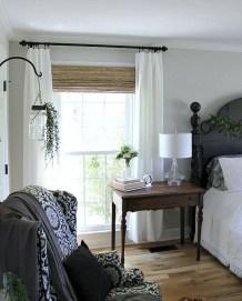 Lovely Urban Farmhouse Master Bedroom Remodel Ideas14