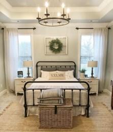 Lovely Urban Farmhouse Master Bedroom Remodel Ideas23