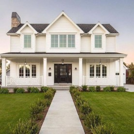 Marvelous Farmhouse Exterior Design Ideas45