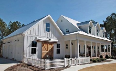 Marvelous Farmhouse Exterior Design Ideas46