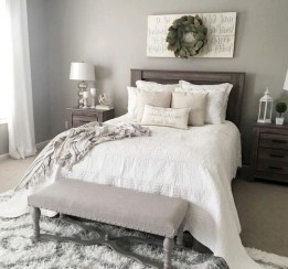 Smart Modern Farmhouse Style Bedroom Decor35