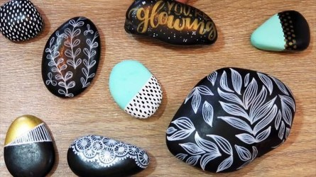 Smart Painted Rock Ideas Home Decoration25