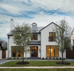Top Modern Farmhouse Exterior Design09