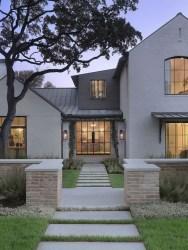 Top Modern Farmhouse Exterior Design11