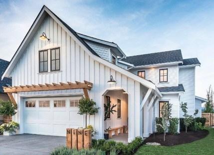 Top Modern Farmhouse Exterior Design16