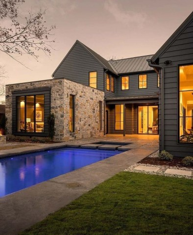 Top Modern Farmhouse Exterior Design20