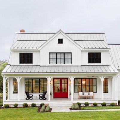 Top Modern Farmhouse Exterior Design38