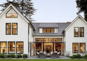 Top Modern Farmhouse Exterior Design42