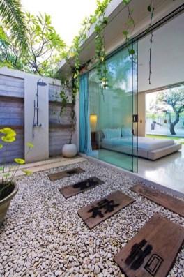 Amazing Outdoor Bathroom Design Ideas15