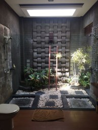 Amazing Outdoor Bathroom Design Ideas22