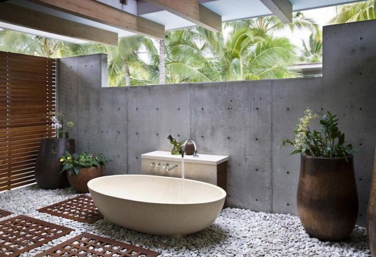 Amazing Outdoor Bathroom Design Ideas26