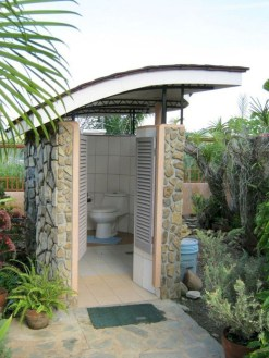 Amazing Outdoor Bathroom Design Ideas34