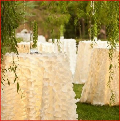 Amazing Wedding Decor Inspiration For Outdoor Party28