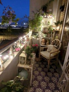 Awesome Small Balcony Ideas For Apartment01