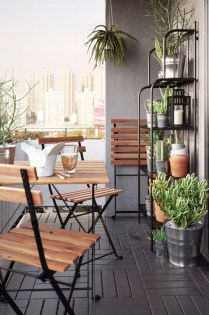 Awesome Small Balcony Ideas For Apartment05