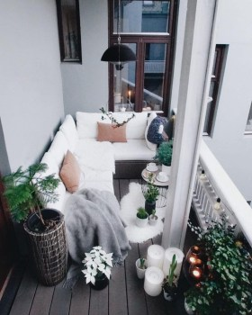 Awesome Small Balcony Ideas For Apartment42