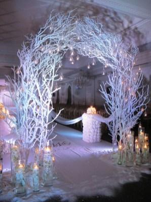 Awesome Winter Wonderland Wedding Decoration08