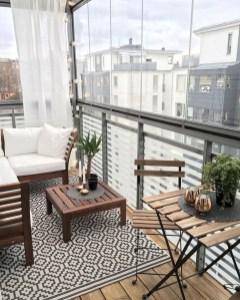 Creative And Simple Balcony Decor Ideas08