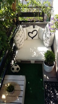 Creative And Simple Balcony Decor Ideas24