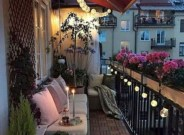 Creative And Simple Balcony Decor Ideas47