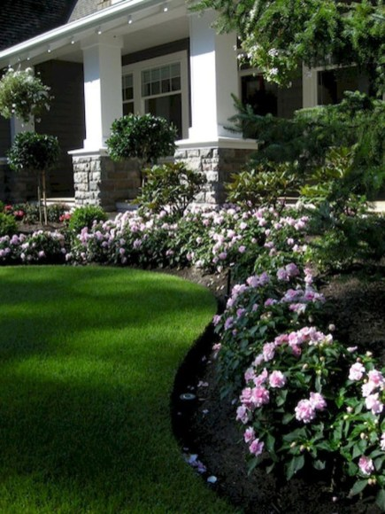 Garden Design Ideas In Your Home That Add To The Beauty Of Your Home40