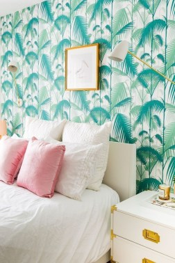 The Best Interior Design Using Wallpaper To Add To The Beauty Of Your Home09