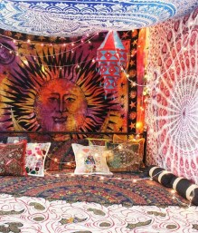 Awesome Bohemian Bedroom Tapestry Decorating Ideas05