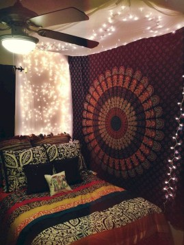 Awesome Bohemian Bedroom Tapestry Decorating Ideas27