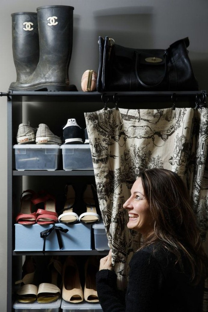 Awesome Shoe Storage Diy Projects For Small Spaces Ideas15