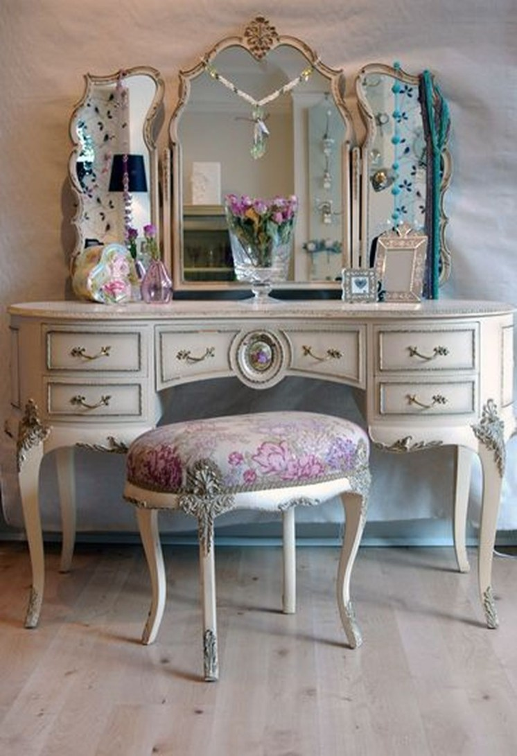 Beautiful Dressing Table Design For Your Room13