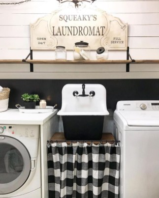Beautiful Ideas For Tiny Laundry Spaces12