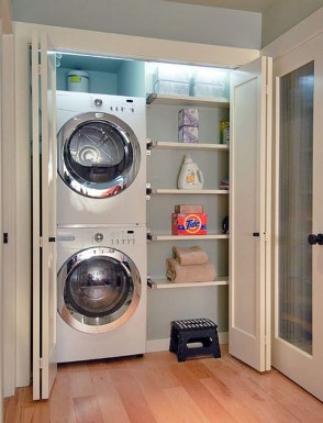 Beautiful Ideas For Tiny Laundry Spaces28