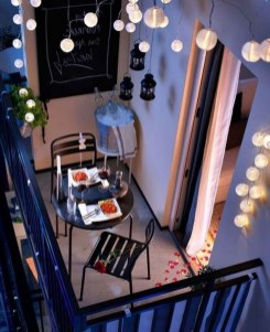 Decoration Of Balconies In Apartments That Inspire People18