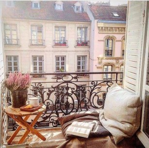Decoration Of Balconies In Apartments That Inspire People25
