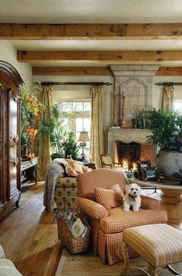 Extraordinary French Country Living Room Decor Ideas24