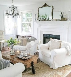 Extraordinary French Country Living Room Decor Ideas31